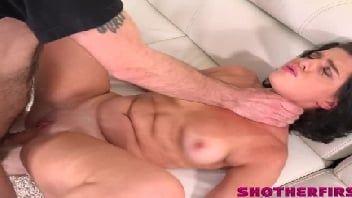 Novinha cavala fode muito na cena de sexo