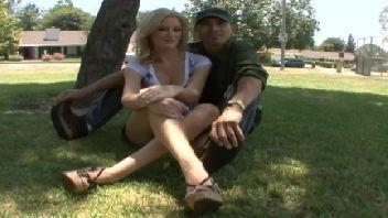 Tarado convidou a mulher casada pra fazer porno