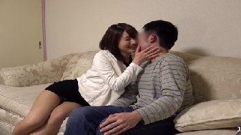 Japonesa safada seduziu e meteu muito com o marmanjo