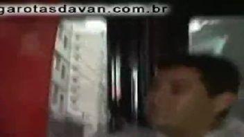 Porno na van trio de gostosas brasileiras transando com o marmanjo