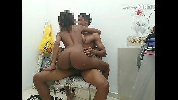 Sexo no brasil morena magrinha dando surra de buceta