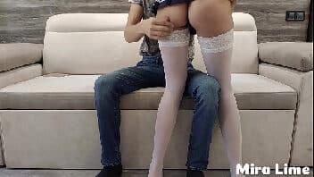 Novinhas no sexo sendo submissa transando e levando tapa